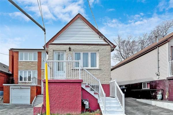 22 Holmesdale Cres, Toronto