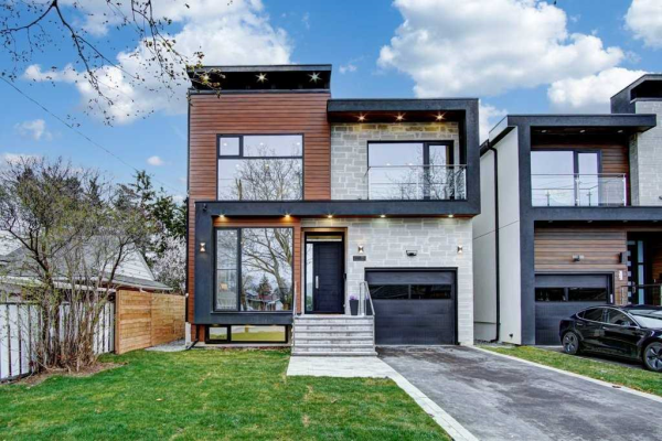 385 Rathburn Rd, Toronto