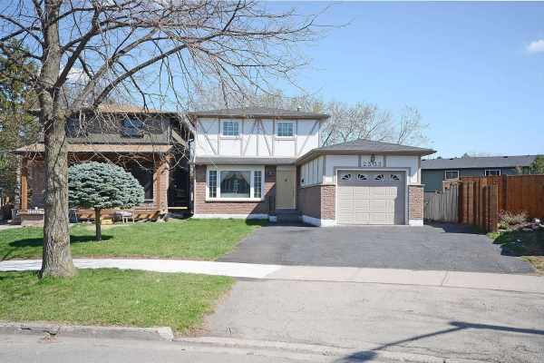 2333 Greenbank Tr, Burlington