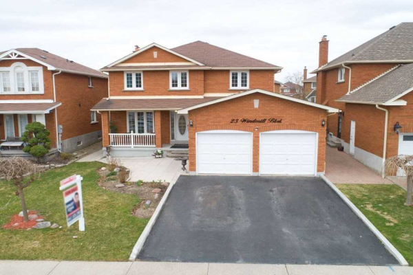 23 Windmill Blvd, Brampton