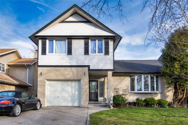 2440 Council Ring Rd, Mississauga