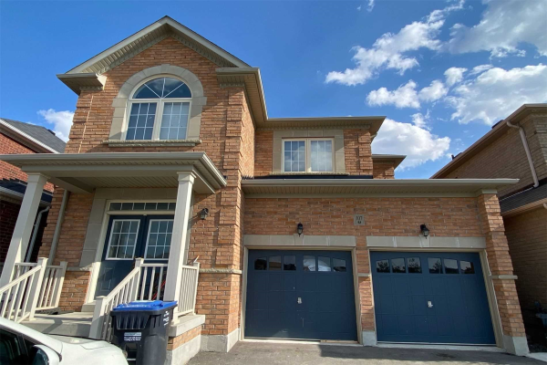 107 Castle Oaks Crossing, Brampton