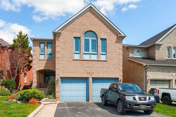 5645 Bell Harbour Dr, Mississauga