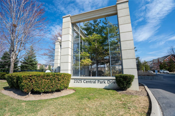 2325 Central Park Dr, Oakville