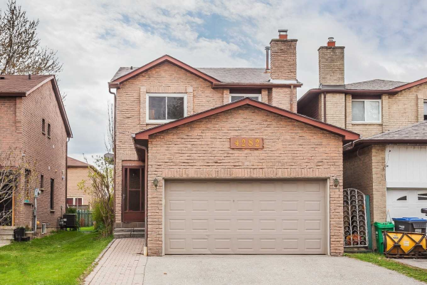 4282 Shelby Cres, Mississauga