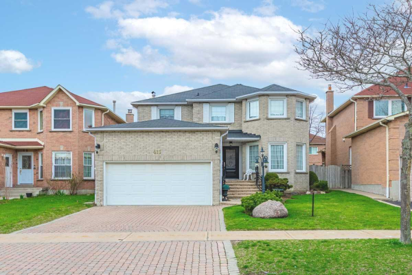 411 Winfield Terr, Mississauga