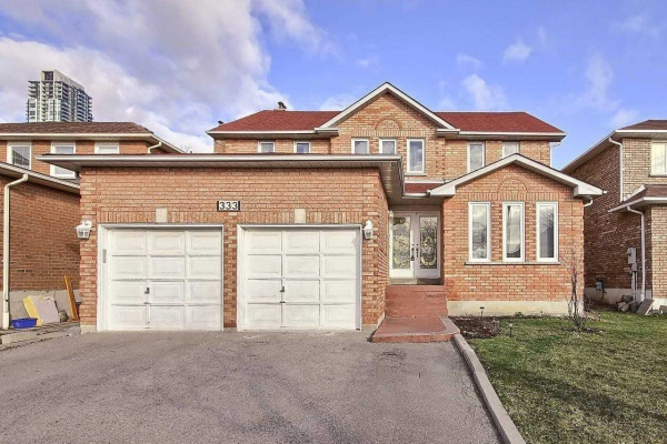 333 Commonwealth Circ, Mississauga