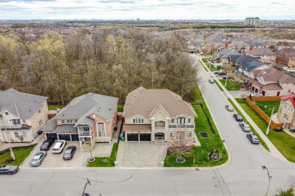 44 Valleyridge Cres, Brampton