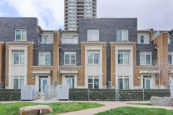 370 Square One Dr, Mississauga