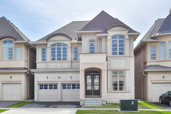 42 Wheat Boom Dr, Oakville