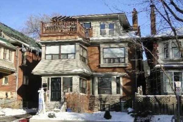 189 Parkside Dr, Toronto