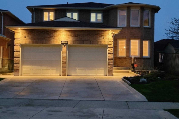 1595 Chiddingstone Circ, Mississauga