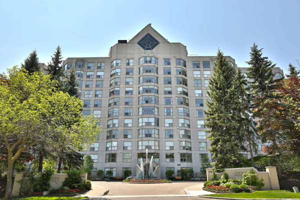 1700 The Collegeway, Mississauga