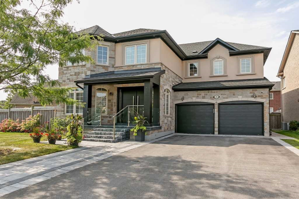 206 Milkweed Way, Oakville