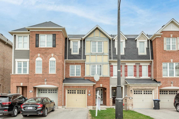 9 Lanternlight Lane, Brampton