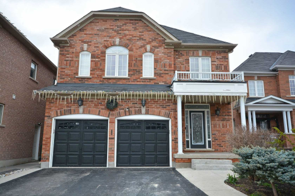 96 Yellow Avens Blvd, Brampton