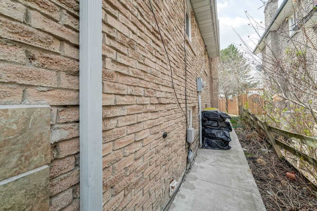 Listing W5216959 - Thumbmnail Photo # 36