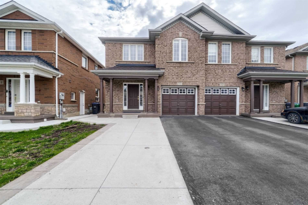 50 Trumpet Valley Blvd, Brampton