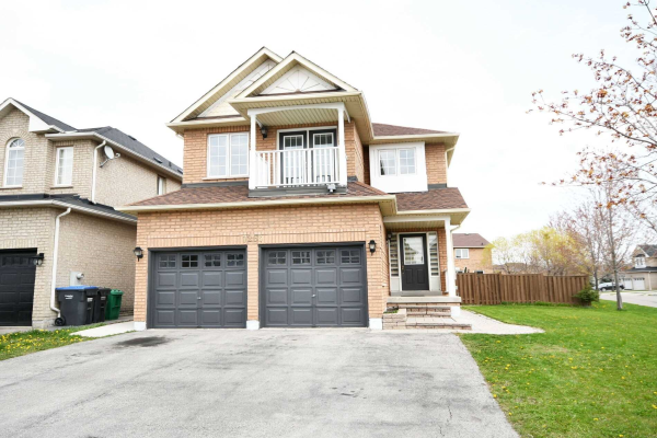 7263 Village Walk, Mississauga