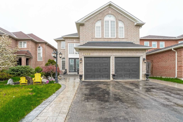 7299 Blackwood Mews, Mississauga