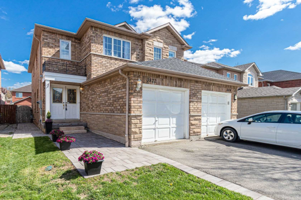 3822 Foxborough Tr, Mississauga