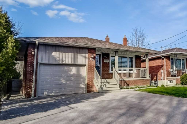 1159 Northmount Ave, Mississauga