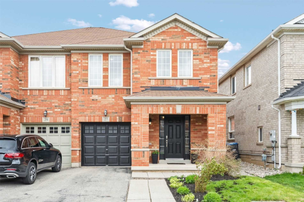 27 Thornbush Blvd, Brampton