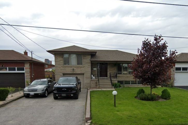 16 Lilywood Rd, Toronto