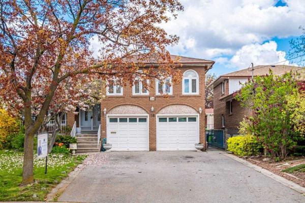 26 Hamer Blvd, Toronto