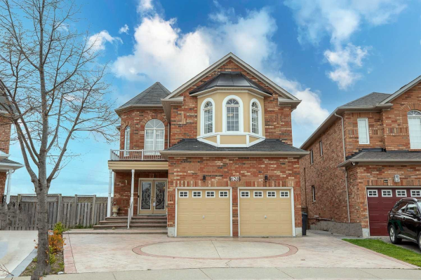 628 Orange Walk Cres, Mississauga