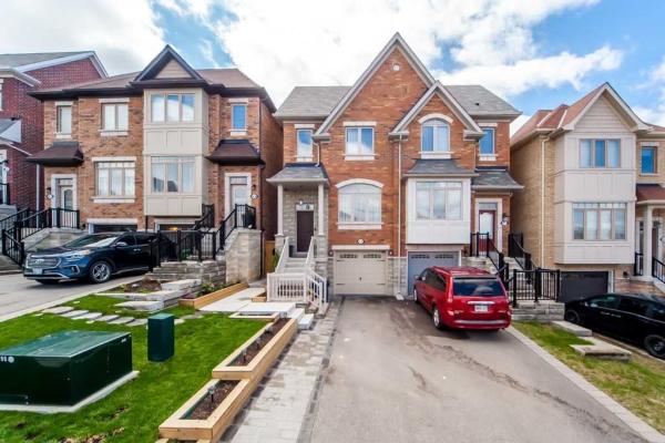 51 Ypres Rd, Toronto