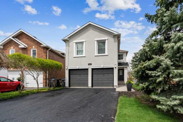 3325 Beau Rivage Cres, Mississauga