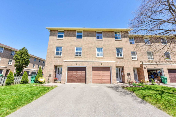 7255 Dooley Dr, Mississauga
