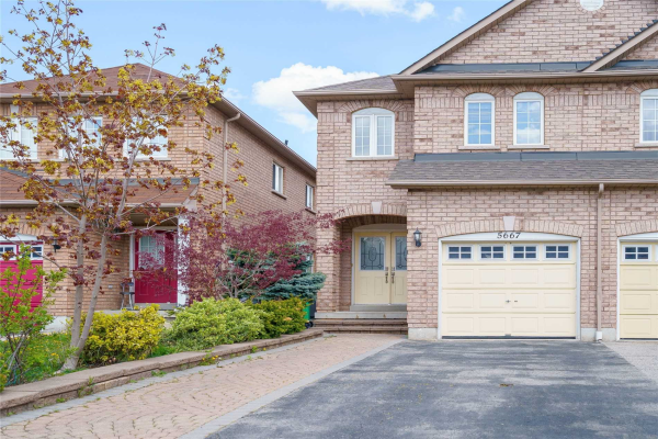 5667 Volpe Ave, Mississauga