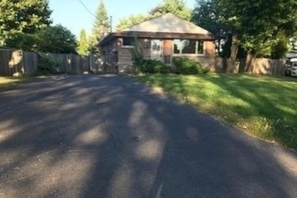 5466 Randolph Cres, Burlington