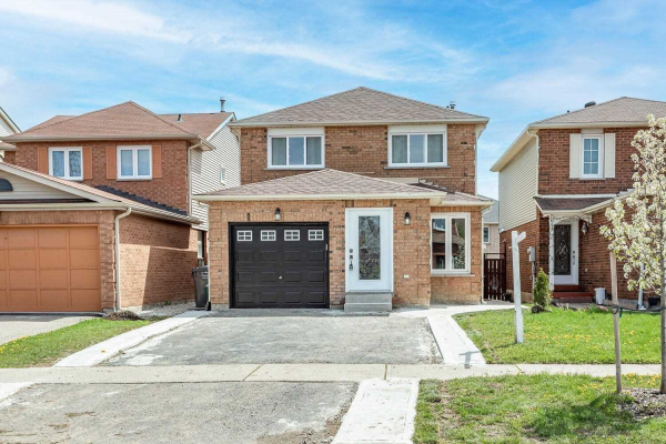 16 Stalbridge Ave, Brampton