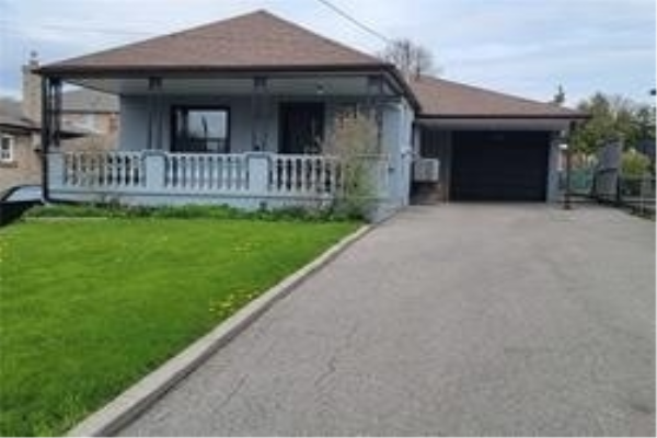 228 Falstaff Ave, Toronto