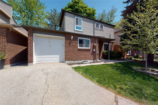 336 Queen St S, Mississauga