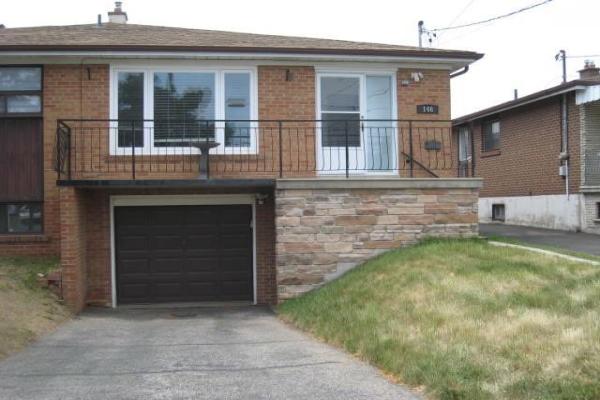 146 Duncanwoods Dr, Toronto