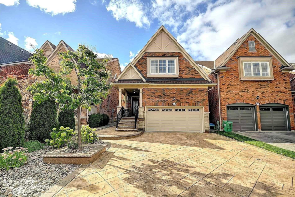 3317 Weatherford Rd, Mississauga