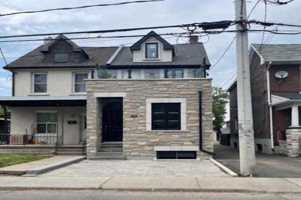 154 Maria St, Toronto