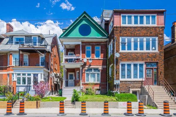 1544 King St, Toronto