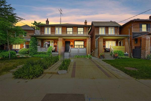 338 St Johns Rd, Toronto