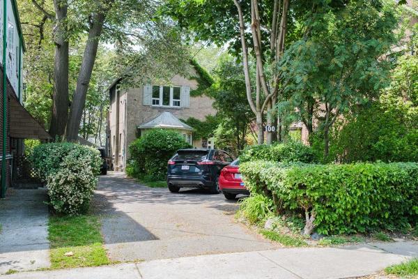 100 Dowling Ave, Toronto