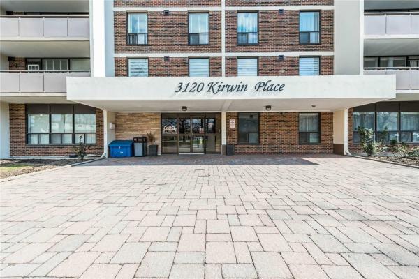 3120 Kirwin Ave W, Mississauga