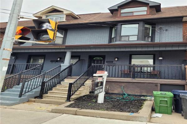 1050 Ossington Ave, Toronto