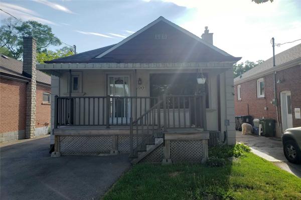 190 Aldercrest Rd, Toronto