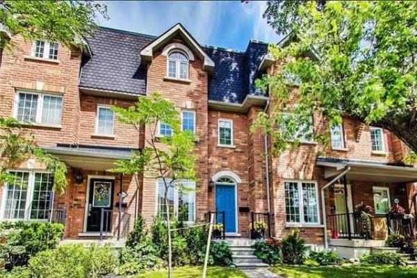 452 St Johns Rd, Toronto