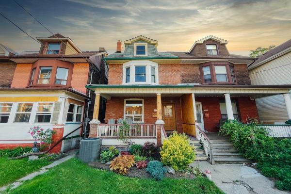 2173 Dundas St W, Toronto