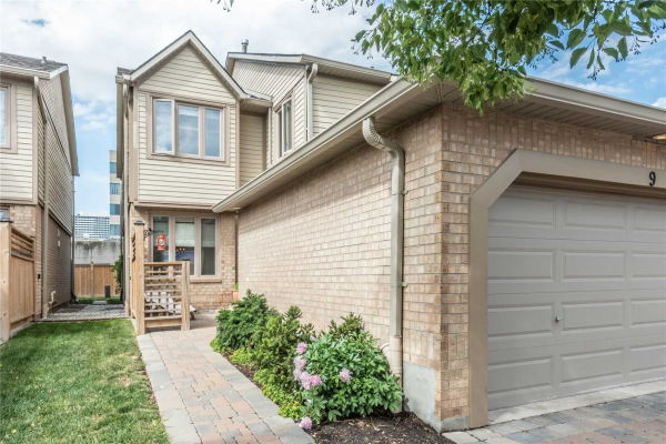 1725 The Chase Chse, Mississauga
